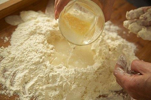Как сделать из муки макароны